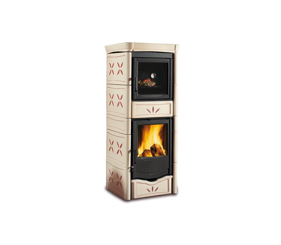Stufa a legna nicoletta con forno evo la nordica extraflame piastrelmarmi edil - La nordica stufa a legna ...